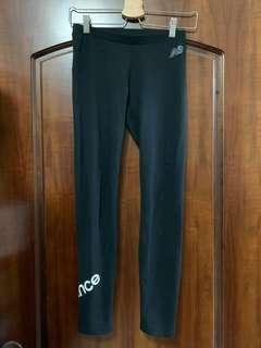 New Balance彈性內搭褲