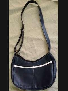 [Free Post sm] Sling Bag Handbag Women Black #MMAR18
