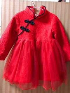 蕾絲旗袍式紅色澎紗裙 女童洋裝(極新二手)