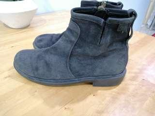 Camper leather boot