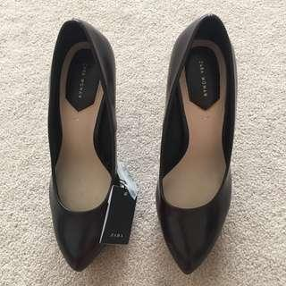 Zara Women Burgundy Court Shoes