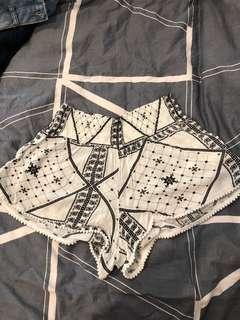 Factorie flowy shorts