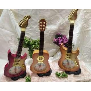 Acoustic and Electric Guitar Table Clock