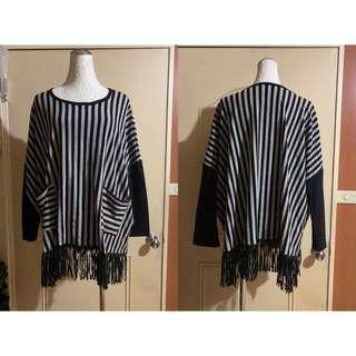🚚 *Xiou's衣櫥* 條紋拼接袖下擺皮革流蘇上衣