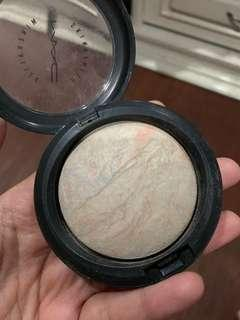 Mac mineralized skinfinish lightscape *highlighter*