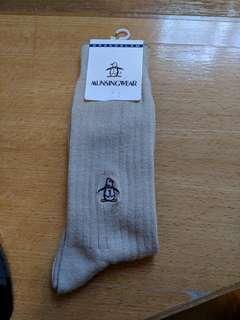 Munsing wear 企鵝 襪 袜 golf 米色 卡其色