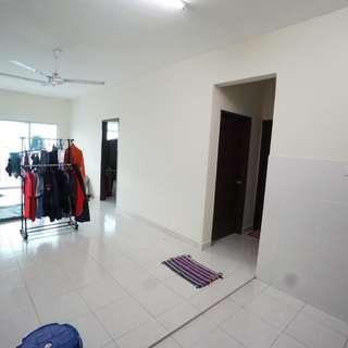 LEVEL 2 APARTMENT WARNASARI 2, PUNCAK ALAM
