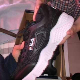 3b8eced693a6 fila shoes original