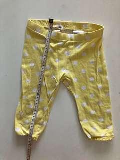 H&M quarter pants, size 98