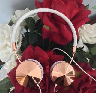 Authentic💯 Frends Layla Rose Gold Headphone