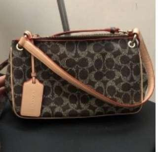 🚚 AUTHENTIC COACH SLING BAG