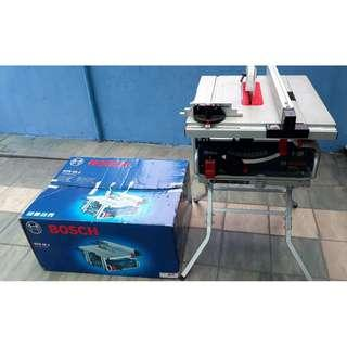 BOSCH Portable Table Saw GTS10J & Saw stand GTA600