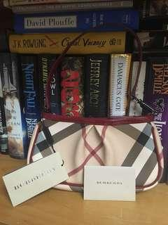 Burberry clutch 小手袋 100% real new