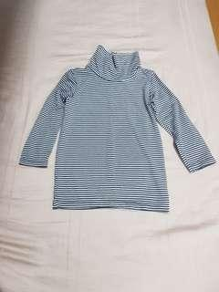 22e0f25436ce Uniqlo Kids Heattech size 90 turtle neck long sleeve top Dark Blue stripes