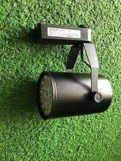 Black casing led 12W track light