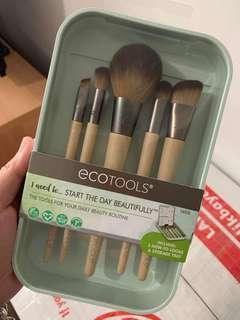 ECOTOOLS (start the day beautifully kit)