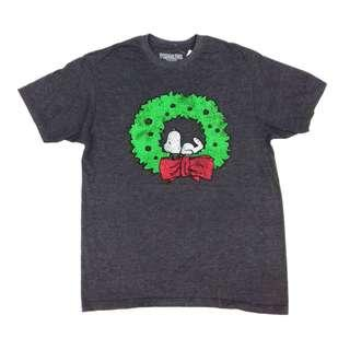 Peanuts Snoopy Christmas Wreath 50/50 T-Shirt Size M