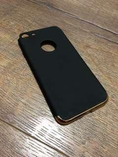 iPhone 7/8 slim fit black and gold case