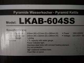 Pyramide Wasserkocher LKAB 604SS