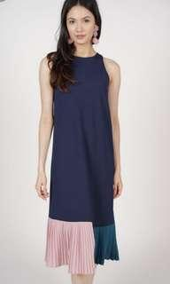 🚚 Mds Constrast Pleated Dress in Navy