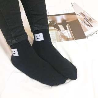 🚚 無言方塊襪子