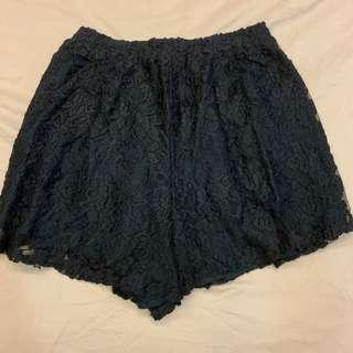 Abercrombie & Fitch lace shorts