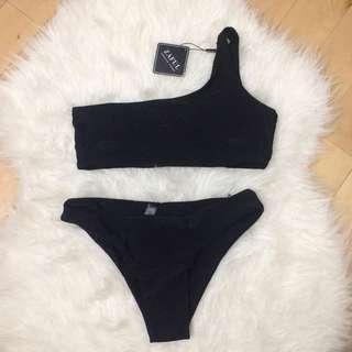 One shoulder bathing suit