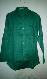 Kemeja hijau