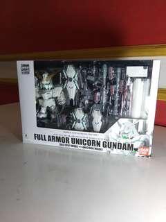 Full armor gundam unicorn action figure