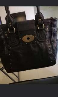 Perlina auth leather excellent used condition PAMIGAY SALE