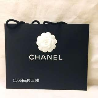 🚚 CHANEL, Paper Bags