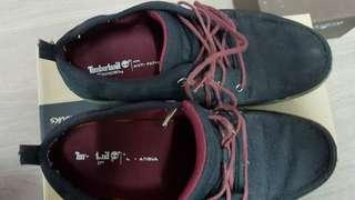 Used Timberland Sneakers