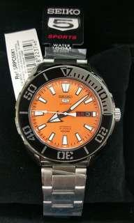 Original Seiko 5 sports automatic 100m divers style watch
