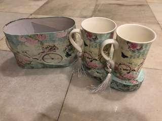 Cups , mugs