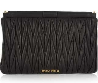 🚚 Miu Miu Clutch black dinner