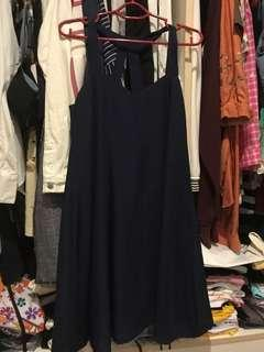 🚚 Navy blue dress