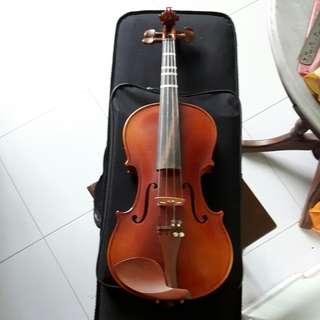Used Violin to let go at reasonable price