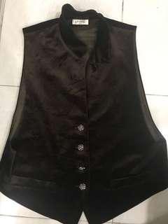 #FEBP55 Velvet vest #SBUX50