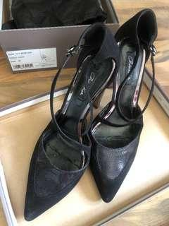 Charles n keith black heel