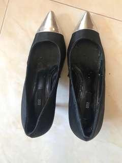 Nose heels (🆓postage)