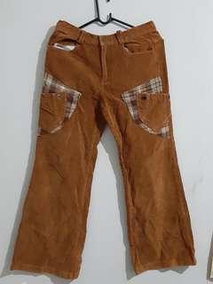 Brown Pants_01