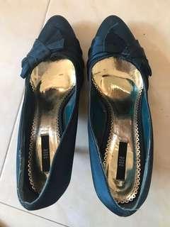 Nose heels ( 🆓postage)
