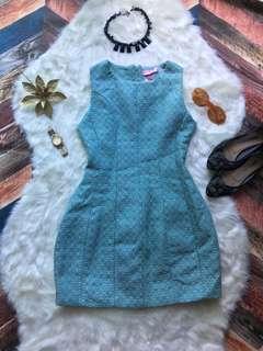 HQ dress bwnt