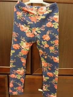 🚚 厚刷毛花柄內搭褲(110cm)