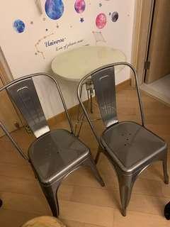 餐椅兩張 工業風