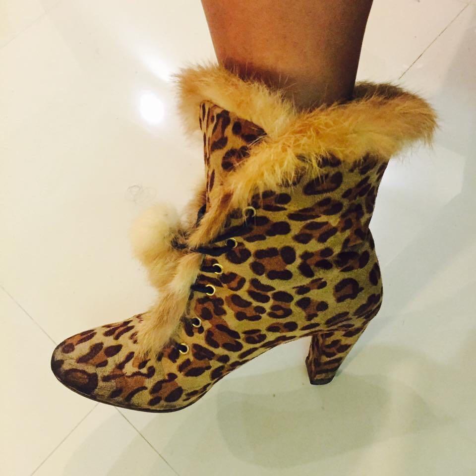 兔毛豹紋腳踝靴