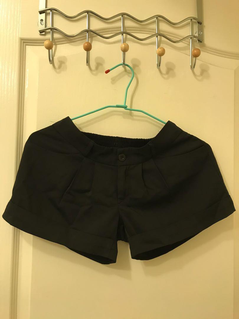 西裝部鬆緊短褲