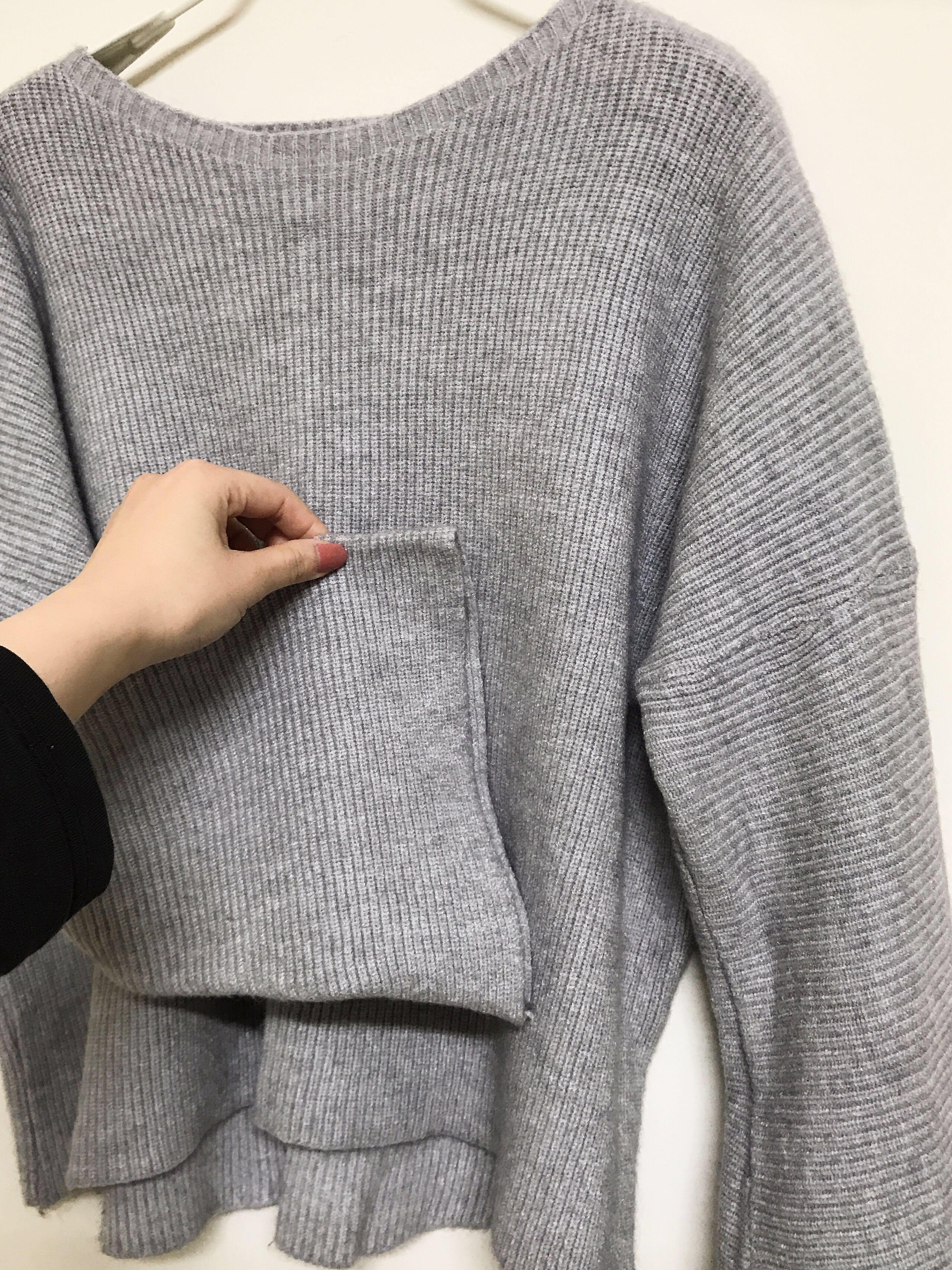 灰色喇叭袖上衣