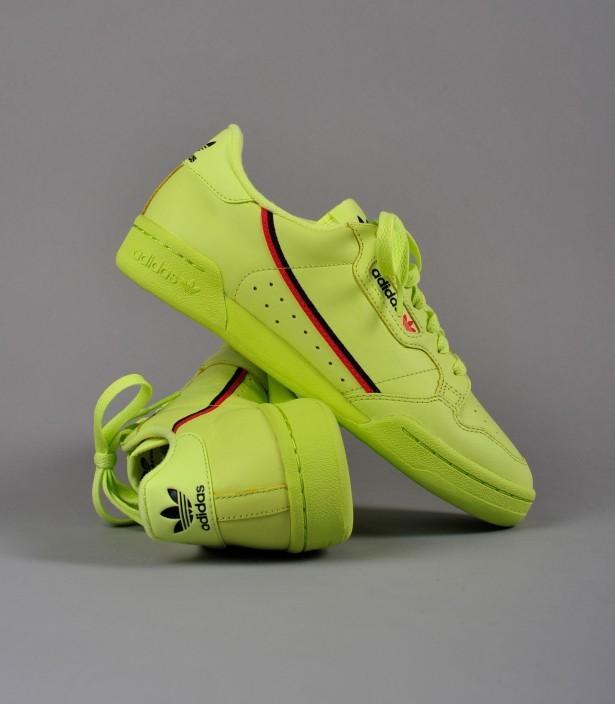 Adidas continental 80 volt us9. 5, Men