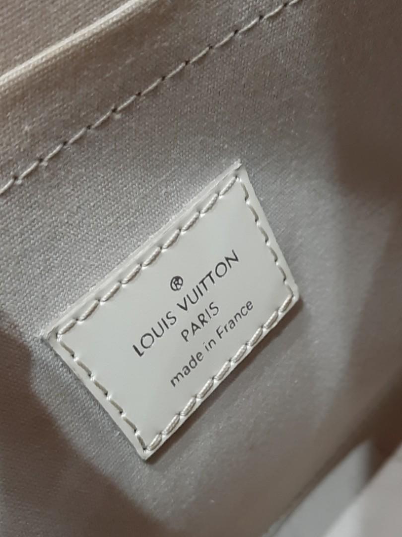 AUTHENTIC LOUIS VUITTON EPI LEATHER SHOULDER TOTE BAG - EXCELLENT CONDITION,  CLEAN INTERIOR- (RETAILS AROUND RM 3600+) - RM 1350 ONLY